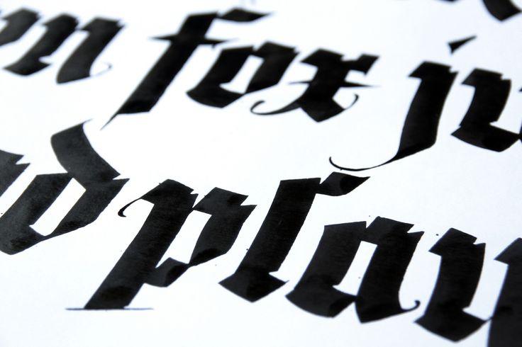 https://flic.kr/p/DCdekK | Projeto Dreaming Dogs - Ruling pens. www.catarse.me/dreamingdogs www.facebook.com/dreamingdogs.rulingpens -------------------- #rulingpen #tiralinhas #tiralineas #calligraphy #caligrafia #ddrulingpens