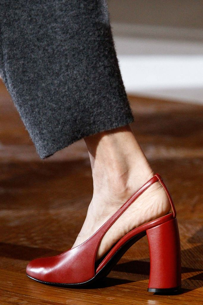 The design & color are EVERYTHING! Fabulous spin on a traditional pump! Stella McCartney Fall 2015 Ready-to-Wear - Details - Gallery - Style.com