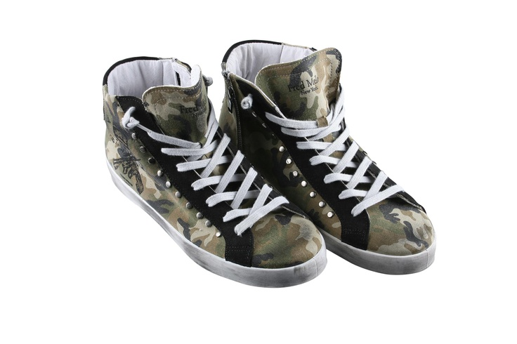 Fred Mello #fredmello #sneaker #shoes#mancollection #man#fredmello1982 #newyork #springsummer2013 #accessible luxury #cool #usa #nyc