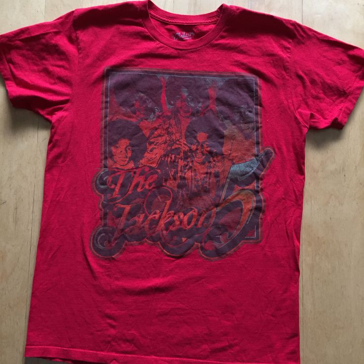 The best of Motown Gently Pre Loved T-shirt Size Med N0 returns on clothing that doesn't fit   #thejacksons #thejackson5 #titojackson #jermainejackson #marlonjackson #michaeljackson #popmusic #randb #discofever #motown #thesupremes #thefourtops #thetemptations #iwantyouback #abc #illbethere #2300jacksonstreet #jacksons