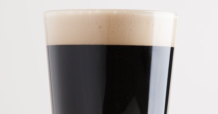 This full-bodied, rich roasty porter makes you want to eat turkey and watch football or build a bonfire.