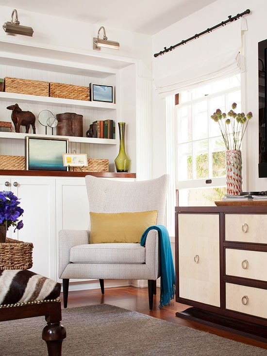 Love the built ins with lighting...: Romans Shades, Living Rooms Storage, Curtains Rods, Storage Organizations, Shelves, Interiors Design, Window Treatments, Built In Storage, Storage Ideas