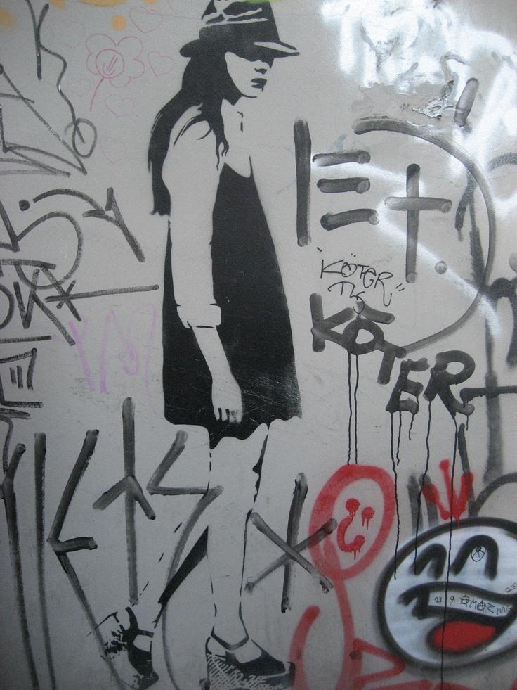 Berlin Graffiti - Artist XOOOOX (i think) and Prost