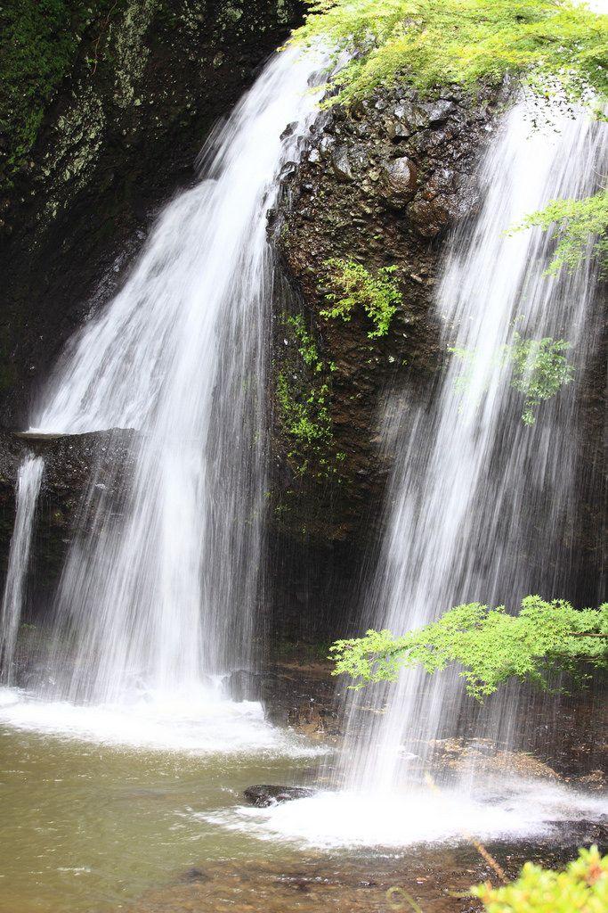 https://flic.kr/p/6Qu4Pr   Tsukimachi Waterfalls / 月待の滝(つきまちのたき)   Tsukimachi Falls, Daigo-machi(town) Kuji-gun(County) Ibaraki-ken(Prefecture), Japan  茨城県久慈郡(いばらきけんくじぐん) 大子町(だいごまち) 月待の滝(つきまちのたき)
