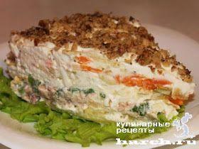 Салат из печени трески с яблоками и грецкими орехами