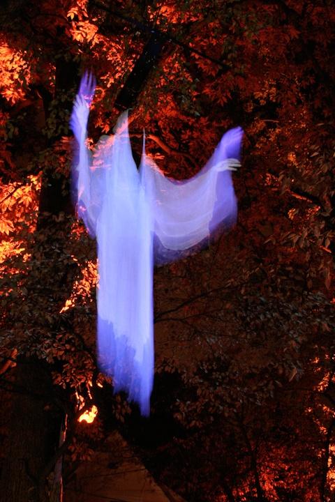 60 Best Ghosts Images On Pinterest Halloween Ghosts Halloween