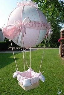 fiocco nascita mongolfiera rosa, sfera da 40 cm, altezza circa 80 cm.