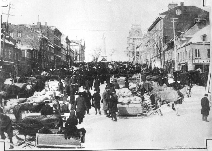 Place Jacques-Cartier, 1887  20 photos qui font revivre lhistoire de Montréal (PHOTOS)