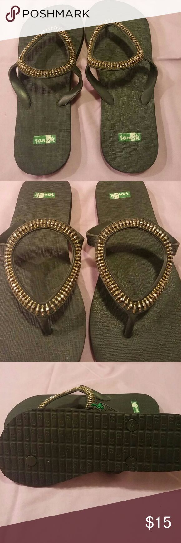 Sanuk flip flops with bronze bling Bronze colored beads line the face of flip flop. Fits 7-8. Very cute Sanuk Shoes Sandals