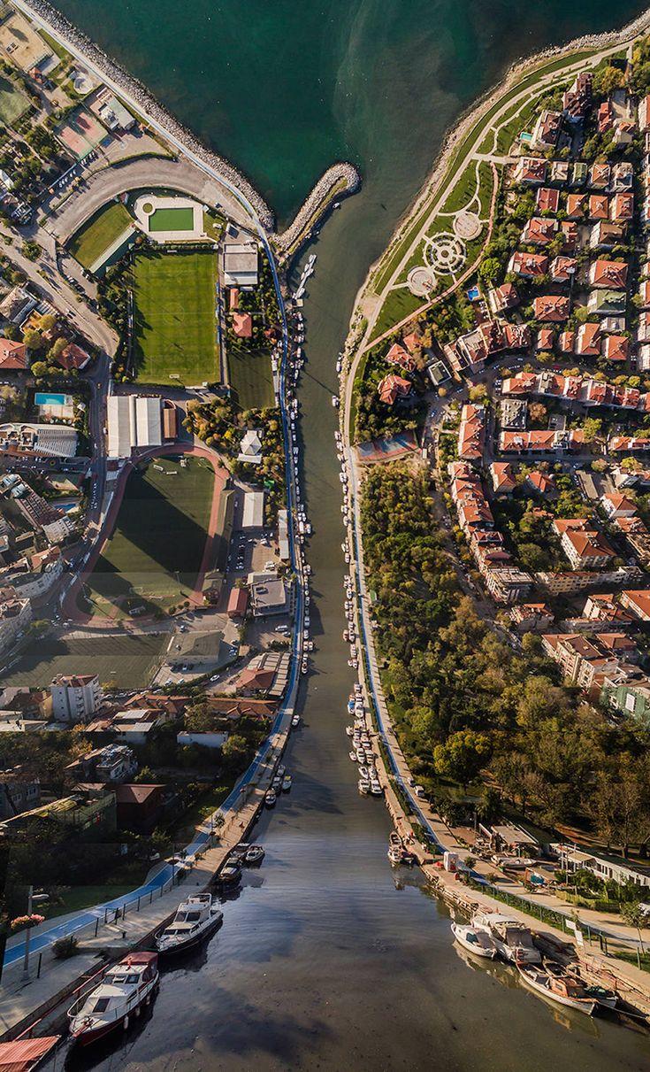 Inception-Like Digital Manipulations of Istanbul Landscapes – Fubiz Media