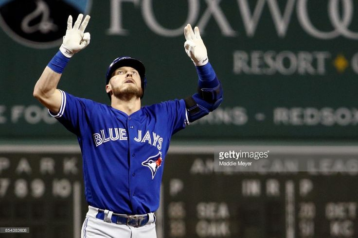 Josh Donaldson #20 of the Toronto Blue Jays celebrates after hitting a home run against the Boston Red Sox during the first inning at Fenway Park on September 26, 2017 in Boston, Massachusetts.