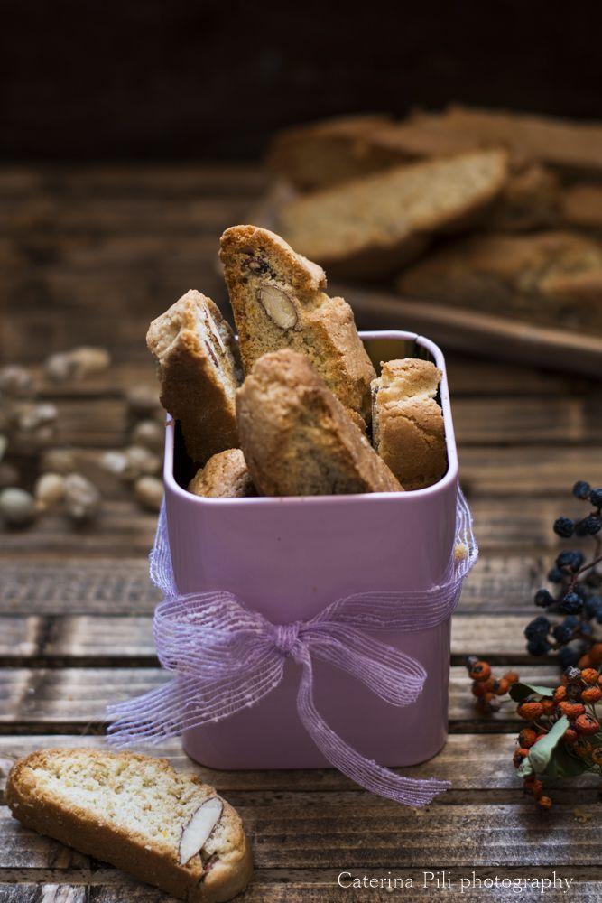 Semplicemente Light: Biscotti da colazione semintegrali con mandorle e olio extravergine di oliva