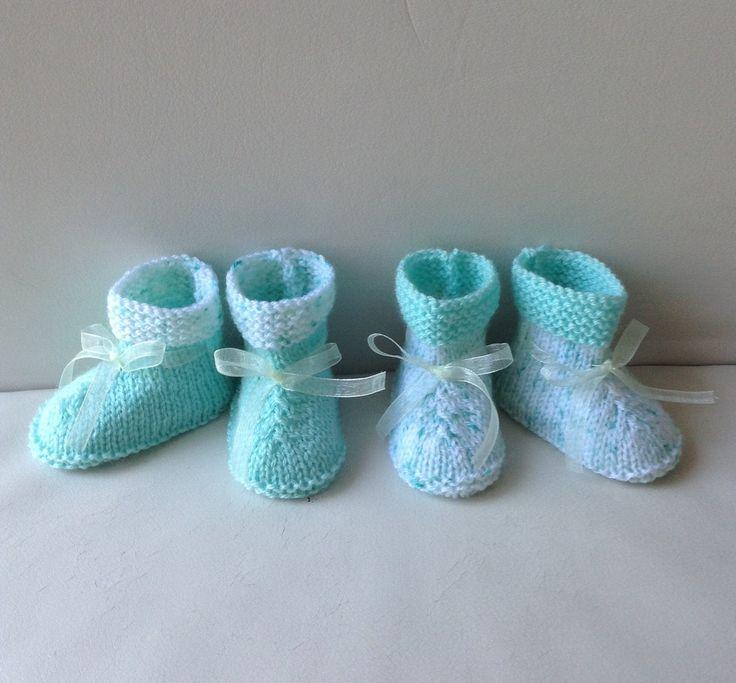 Chaussons pour jumeaux/jumelles, taille naissance 1 mois, vert pastel : Mode Bébé par tricot-bonnie