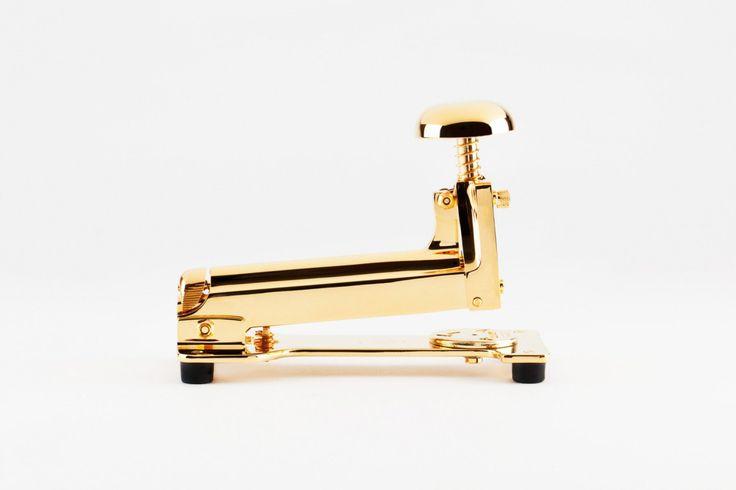 Hand polished gold stapler - Unicorns United