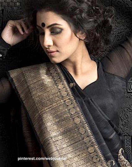 Handwoven Jute silk from Shatika
