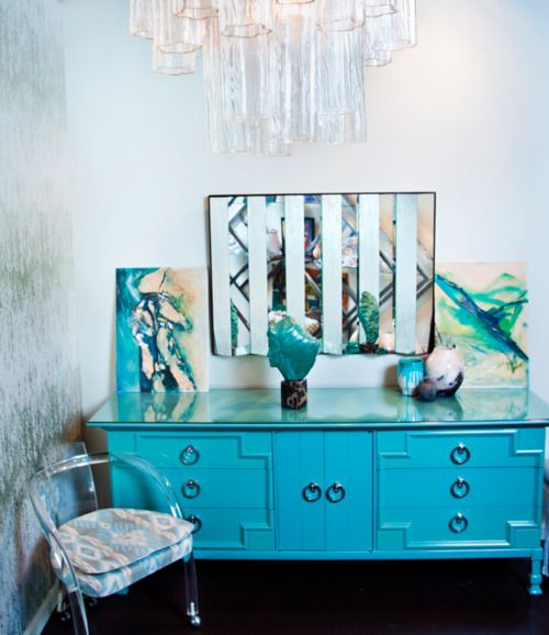 a little lucite, a chandelier, and a regency dresserDecor Ideas, Lights Fixtures, Art Deco Chandelier, Interiors Design, Lucite Chairs, House, Hollywood Regency, Bar Method, Honey