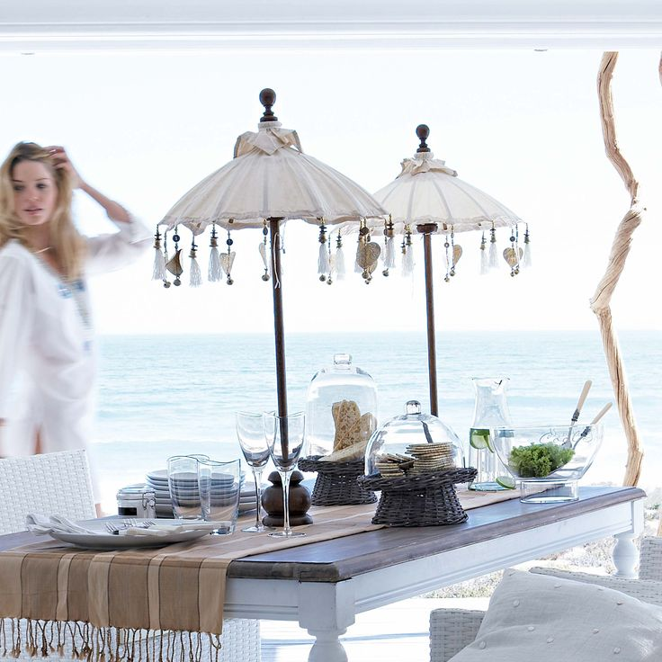 chic & stylish coastal setting: Ideas, Tables Sets, Umbrellas, Beaches House, Parties, Outdoor, Picnics, The Sea, The Beaches