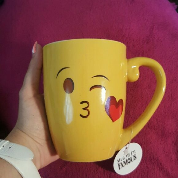 Shop Women's Mug Me I'm Famous Yellow size OS Other at a discounted price at Poshmark. Description: Cutest emoji ever, the kissy emoji!!! Never used. New with tags!!! Great gift for yourself or the kids!!!. Sold by mparkes397. Fast delivery, full service customer support.