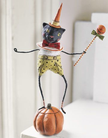 Tutorial for paper mache halloween figurines:black cat figurine dancing on a pumpkin and others