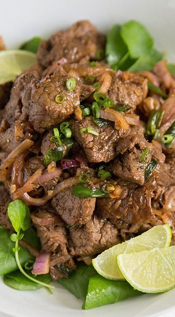Stir Fry Beef with Onions and Scallions