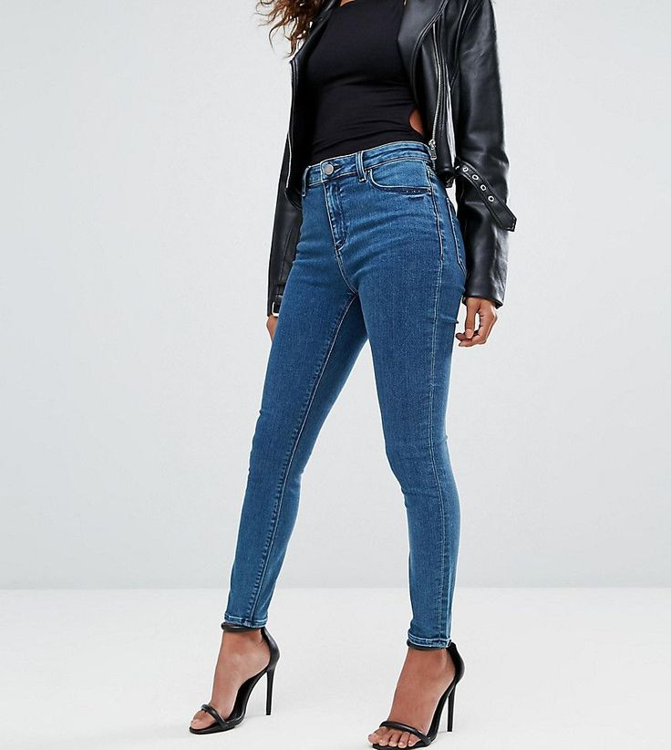 ASOS PETITE Ridley Ankle Grazer Jeans in Lanie Wash - Blue