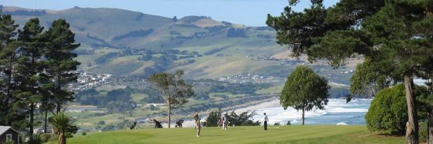 Who wouldn't want to play golf with a vista of the Pacific? Loving St Clair Golf Course #dunnerstunner