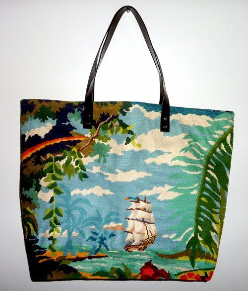 L'ile au trésor en tapisserie. Un magnifique motif pour un sac unique.