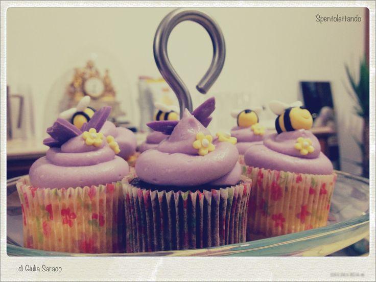 Cupcake #bee #babyshower #spentolettando