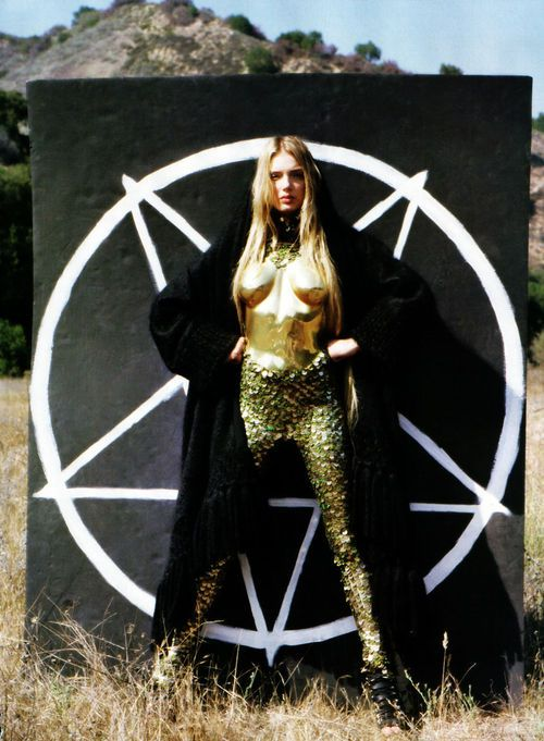 Pseudo-Occult Media: The Occult Fashion Show, Gemma Ward.
