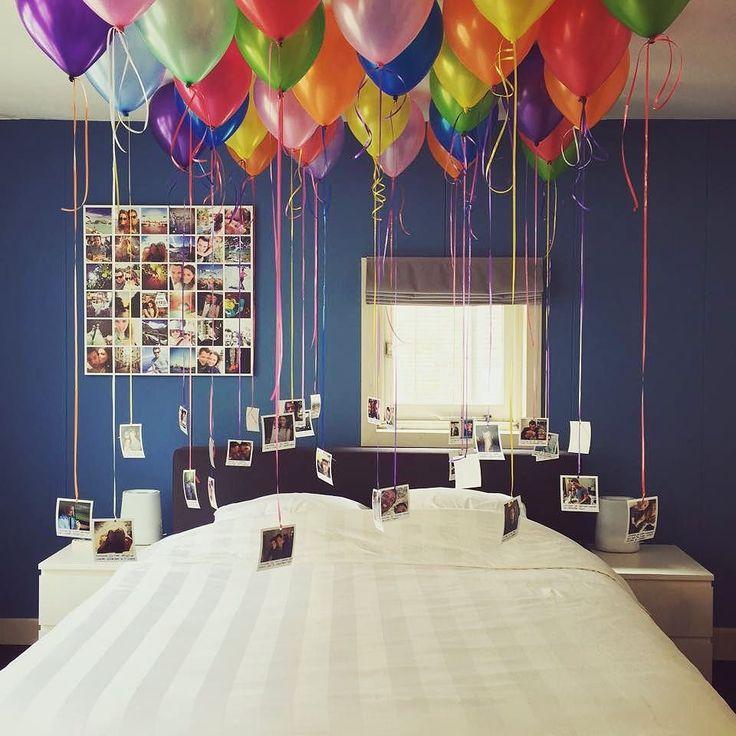 """Wauw dit vinden wij nou echt leuk  """"Wat als je vriendje 30 wordt en je geeft hem een Instawall cadeau? Dan pak je uit!"""" Thanks voor de foto Wendy!  #birtdaypresent #greatidea #balloons #instawall by instawall_prints"""