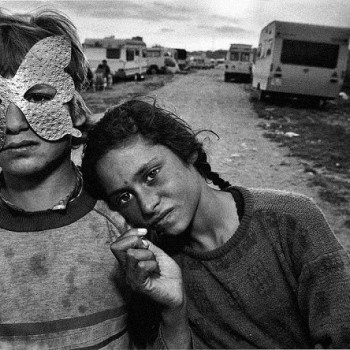 Mary Ellen Mark Gypsy Camp in Barcelona, Spain
