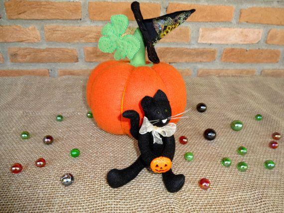 Adorable gato negro, la calabaza y el sombrero de una bruja traerán a tu casa el…