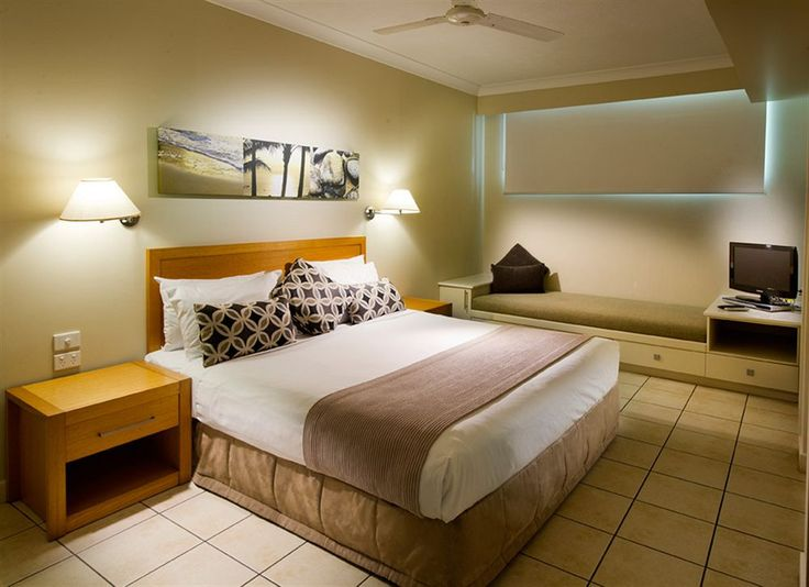 """Whitsunday Apartments is rated """"Excellent"""" by our guests. Take a look through our photo library, read reviews from real guests and book now with our Best Price Guarantee. We'll even let you know about secret offers and sales when you sign up to our emails."""