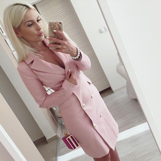 #barbielook #pinklifestyle #pinkdress #lafant #mirabelove #blogger ⭐️⭐️