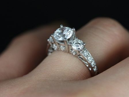 Cubic Zirconia Halo Engagement Rings White Gold