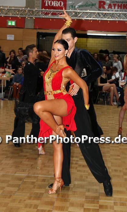 おすすめ!石びっしりのボルドー&ゴールドのラテンドレス(9号)   Atelier Casablanca -ダンスドレスの部屋- - 楽天ブログ