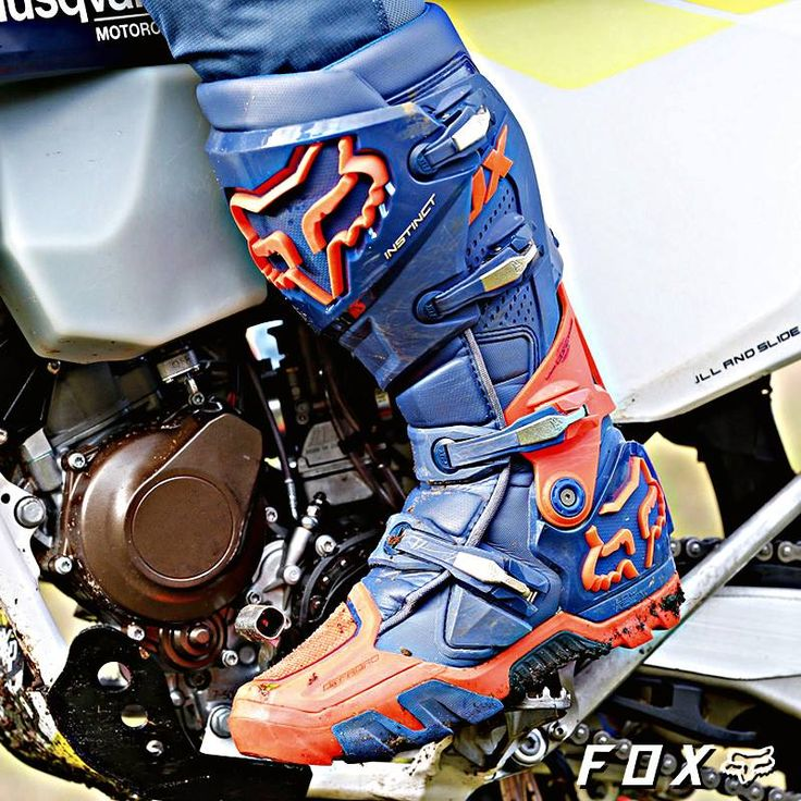 The FOX Racing Instinct boots are created from our championship winning motocross boot and refined by enduro legend @taddyblazusiak. Grab it now! @wwwmotorhelmets @foxracing  #foxracing #foxinstinct #foxracingboots #Motorhelmets #offroadgear #offroadlife #offroadracing #offroad #bikersofig #bikersofinstagram #onlineshopping #onlinestore #actionsports #extremesports #offroadbike #motocross #supermoto #bikelife #instamotogallery #sportbikegallery #dirtbike