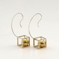 Kabına Sığamayan Top Küp - #tasarim #tarz #gumus #rengi #moda #hediye #ozel #nishmoda #silver #colored #design #designer #fashion #trend #gift