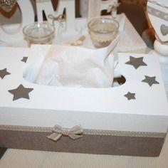 Boite à mouchoirs étoiles taupe et blanc