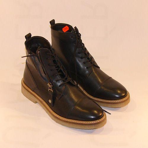 Magaszárú cipő Another 12,990 Ft
