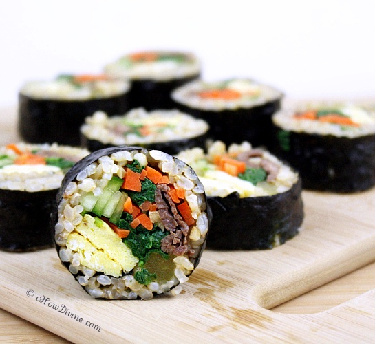 Bulgogi and Vegetable Gimbap   cHowDivine:  Enjoy a healthy meal in a fun, portable package.  You can use your hands :)