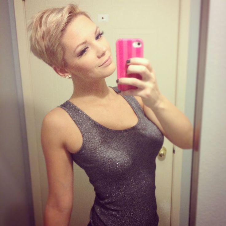 beige blonde platinum pixie short hair
