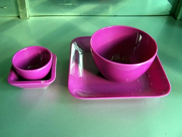Melamine bowls have bold colors that amazing to add elegance into casual dining sets. Many great features such as resistance to scratch and wear are great. Just stack them to finely arranged and stored in the cabinets. Or, displaying the bowls creates great colors and textures to enjoy. You can...