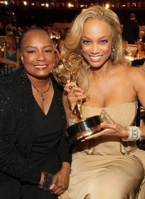 Tyra Banks and her mother @ the 35th Annual Daytime Emmy Awards #beautiful brown black queens girl with blonde hair #pinup