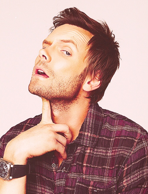 Most beautiful picture of Joel McHale ever.