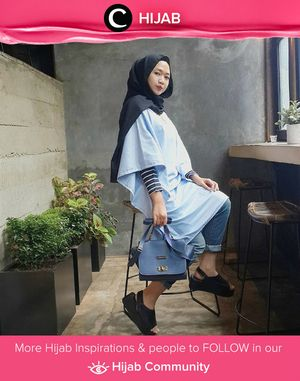 Batwing dress, jeans, and platform shoes. So casual style by Clozetter Shulaihah. Simak inspirasi gaya Hijab dari para Clozetters hari ini di Hijab Community. Image shared by Clozetter: shulaihahsyaikhon. Yuk, share juga gaya hijab andalan kamu bersama Clozette.