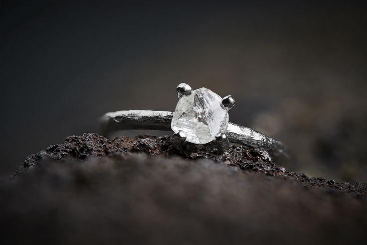 Rå, Naturlige, Uslebne Diamanter