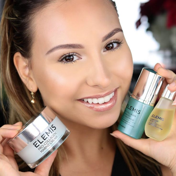 Preen.Me VIP Andrea P keeps her skin desirably supple and radiant with her gifted 3-Step skin care system from ELEMIS. Click through to reveal a fresher and more youthful glow. #ELEMISeveryday