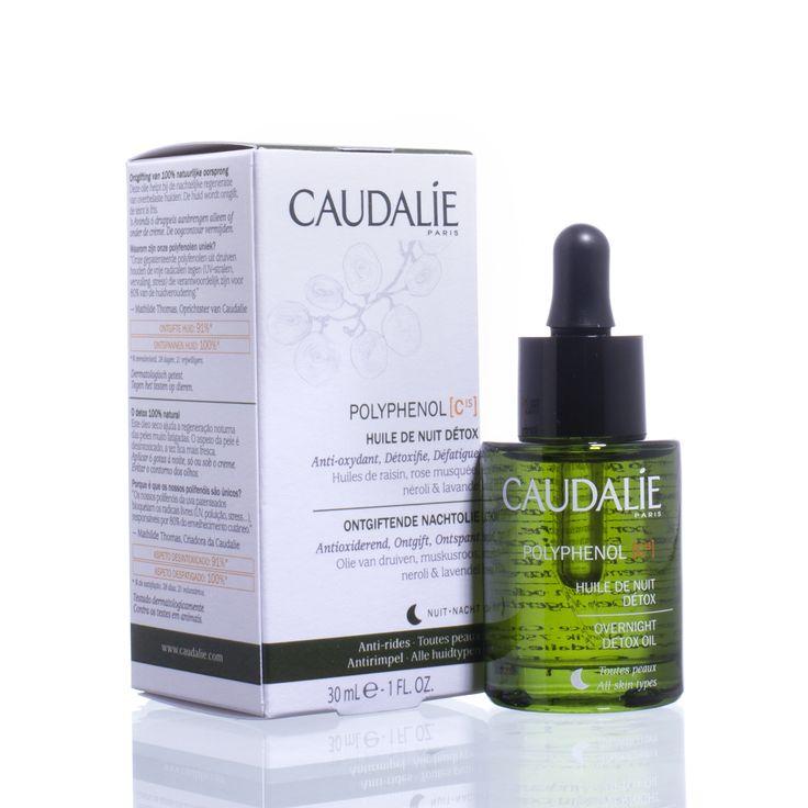 Caudalie Polyphenol C15 Ontgiftende Nachtolie - Deze droge olie helpt 's nachts bij het herstel van de overspannen huid. De huid wordt ontgift, de teint oogt fris.