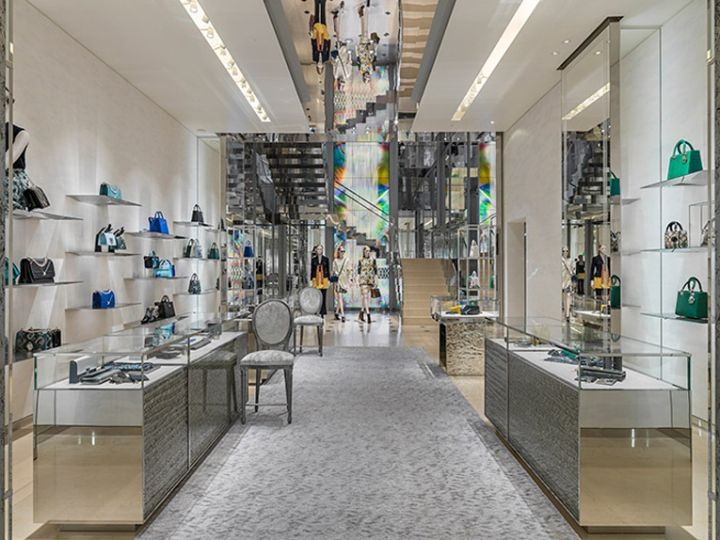 Dior store by Peter Marino, Barcelona – Spain » Retail Design Blog